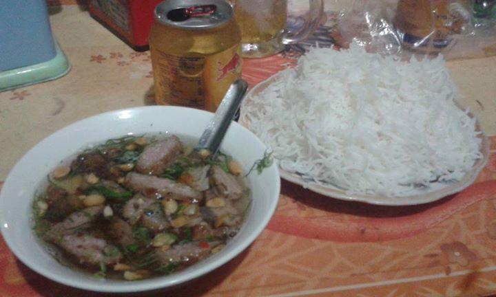 Bữa tối đầu tiên